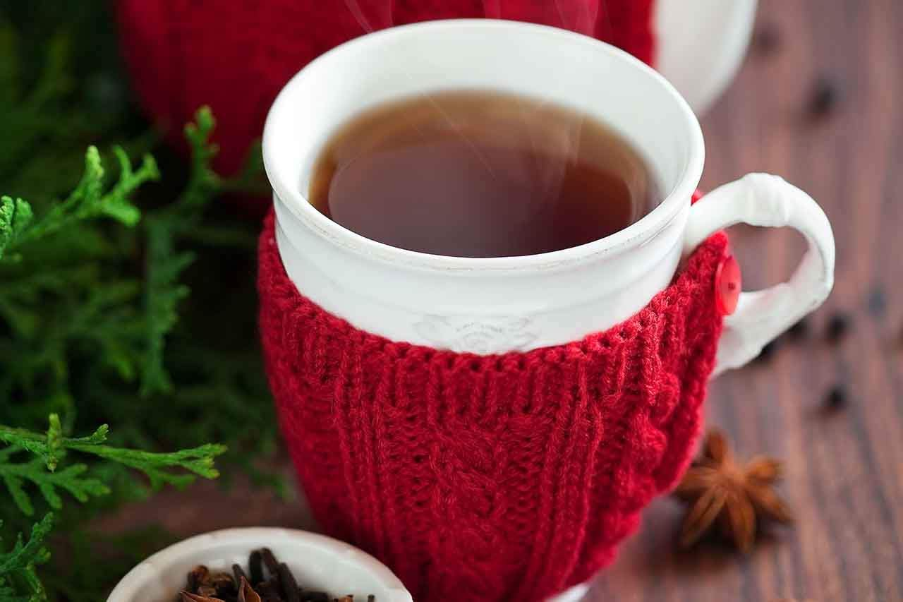 10 Herbal Teas You Should Be Drinking To Survive This Winter