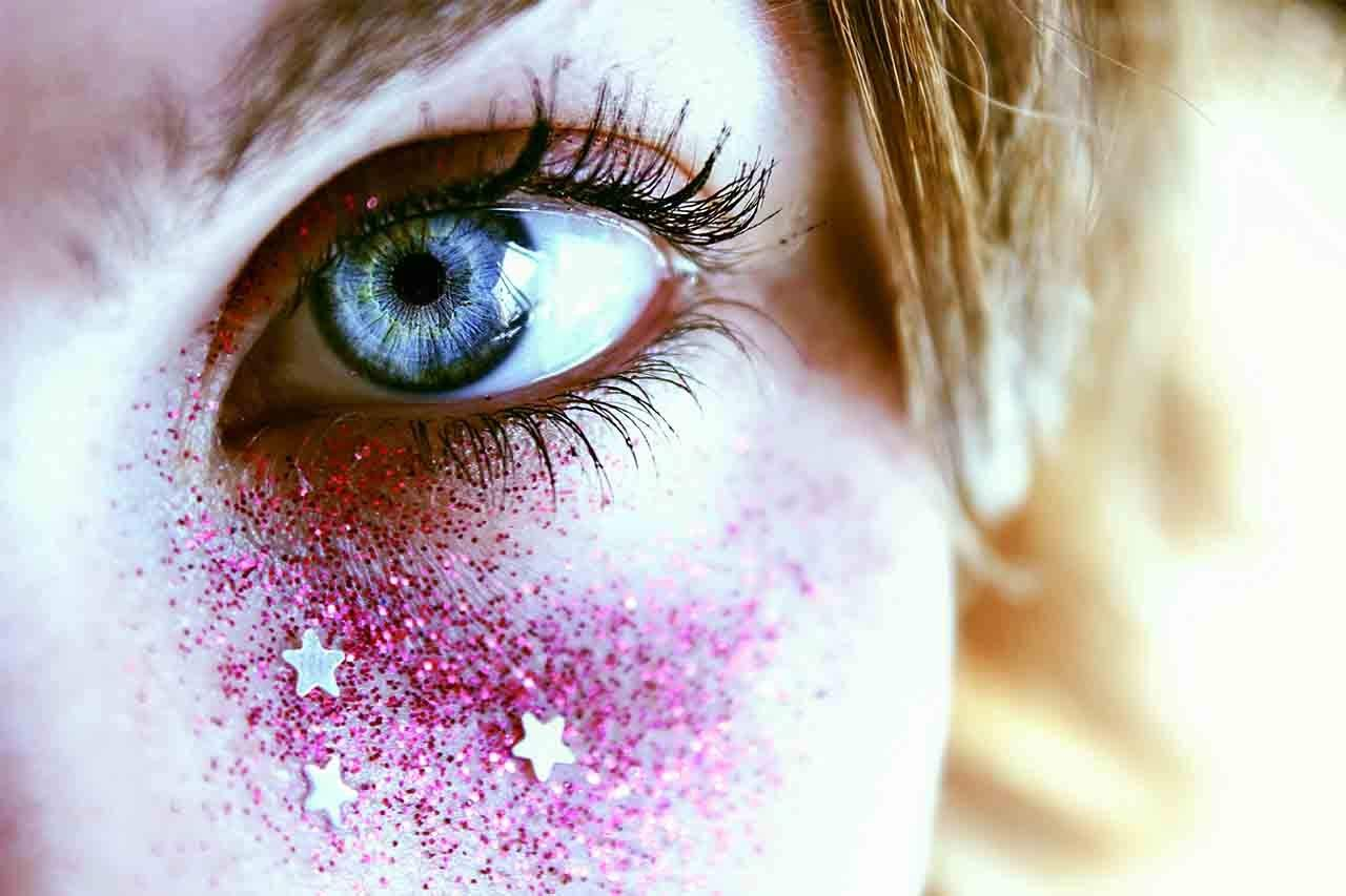11 Must-Have Eye Glitters For Your Summer Festival Look