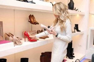 Read more about the article Seasonal Shopping Guide: Know When to Buy What