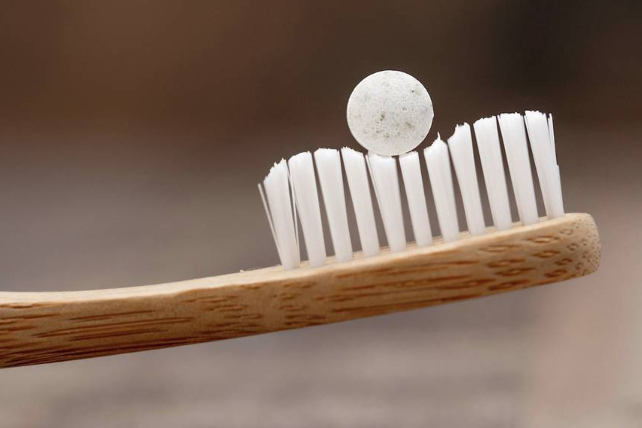 You are currently viewing One Step Closer To Zero Waste: Tablet Toothpaste